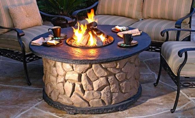 Stone-Patio-Fire-Ring-Fire-Pit-Design-630x384